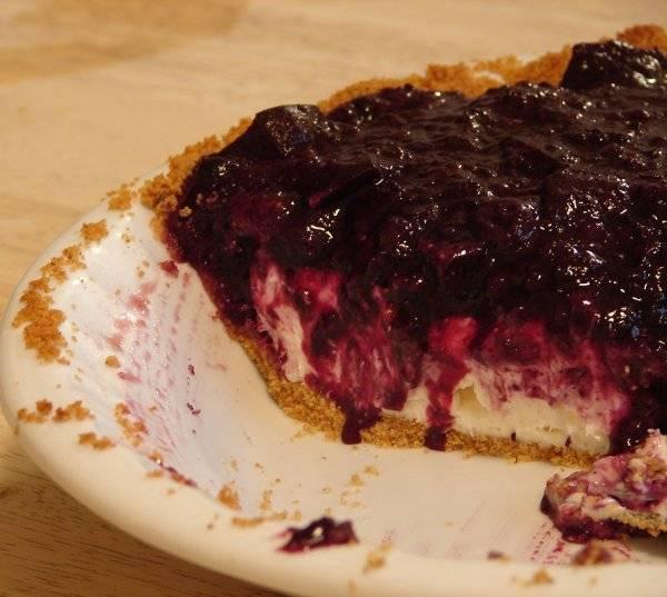 cream cheese berry pie