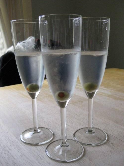 ikea flute cocktail glasses glassware. Black Bedroom Furniture Sets. Home Design Ideas