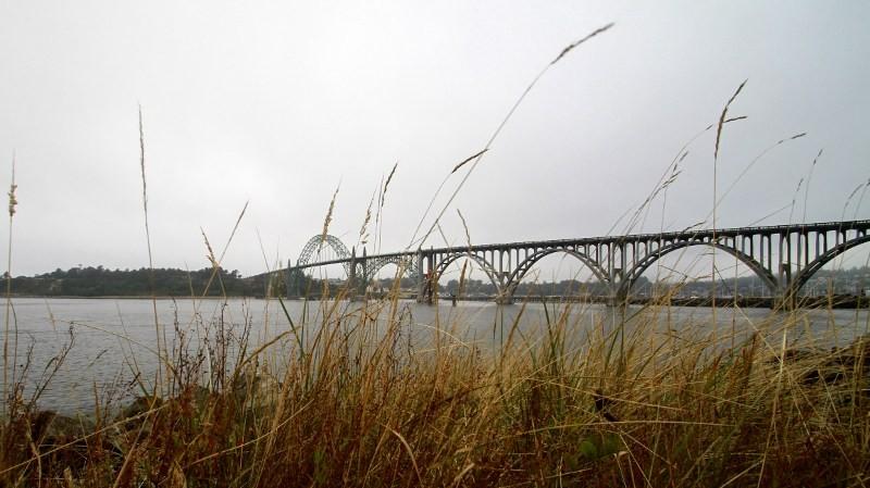 newport oregon bridge