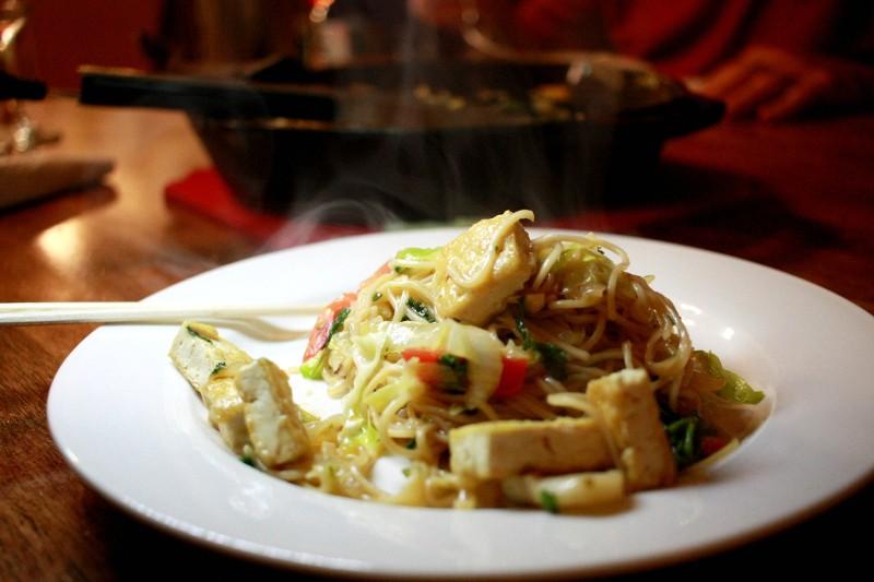 thai noodles & veggies