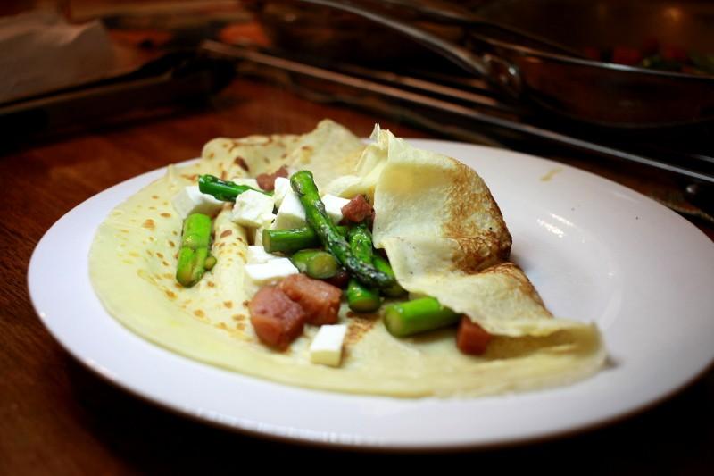 crepes w/ham, feta & asparagus