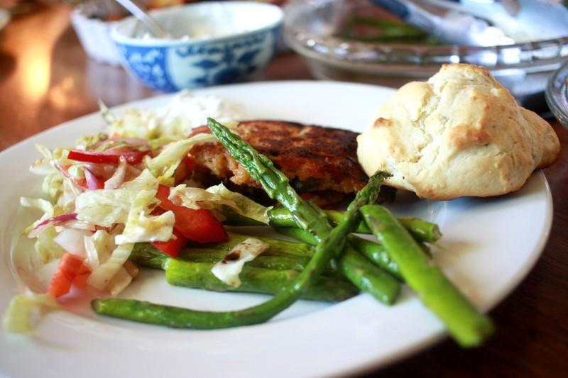 salmon cakes, asparagus, salad