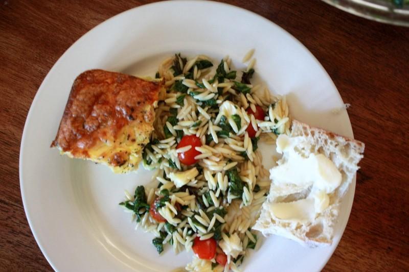 spinach orzo salad & zucchini bread