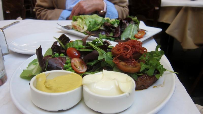 burger & salad