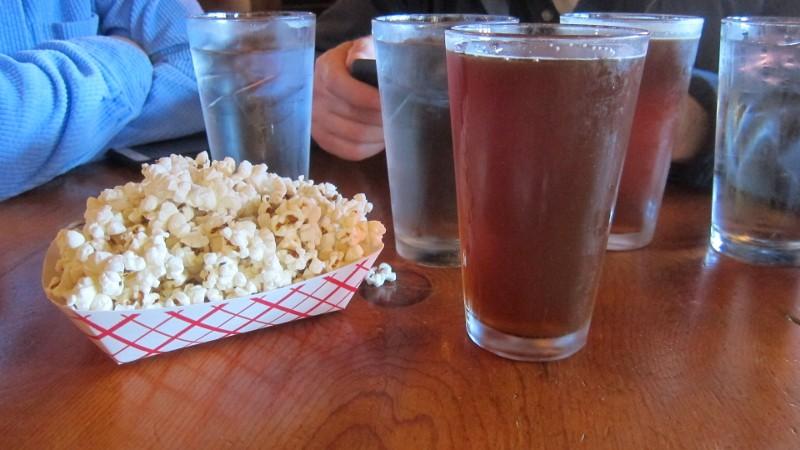popcorn & red ipa