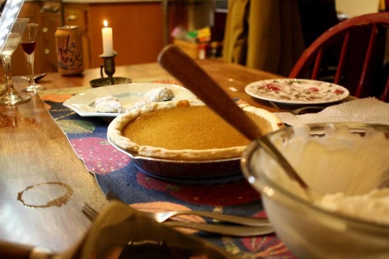 pumpkin pie, cream & cookies