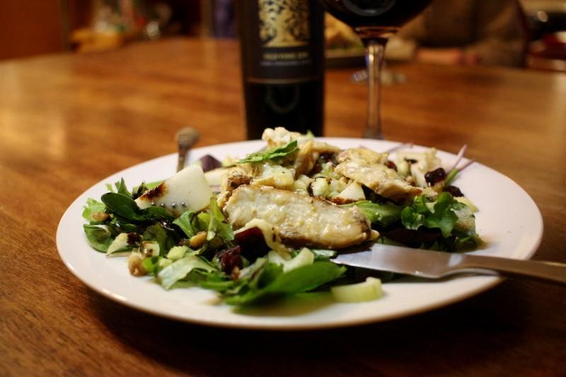 red wine & chicken & brie on greens