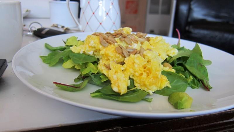 eggs & greens