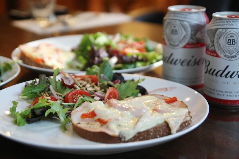 turkey & cheese & salad
