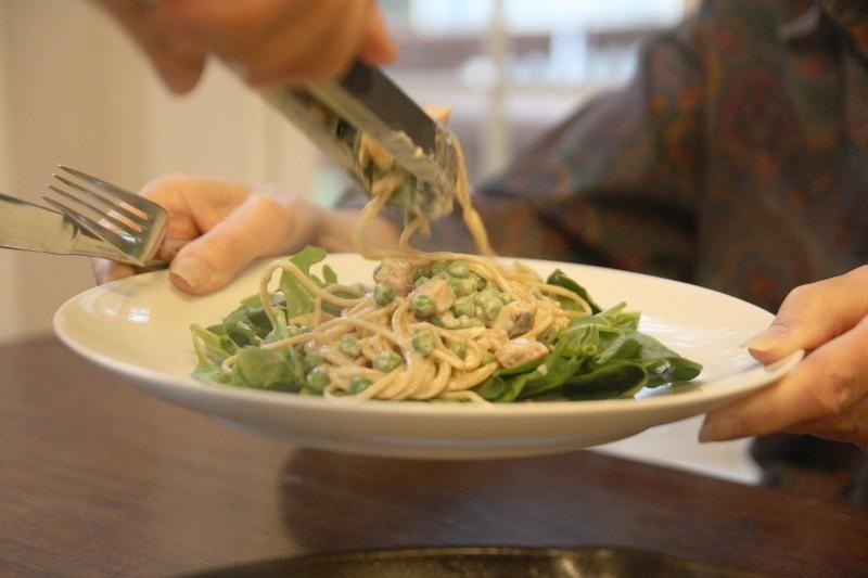 greens, pasta, ham & peas