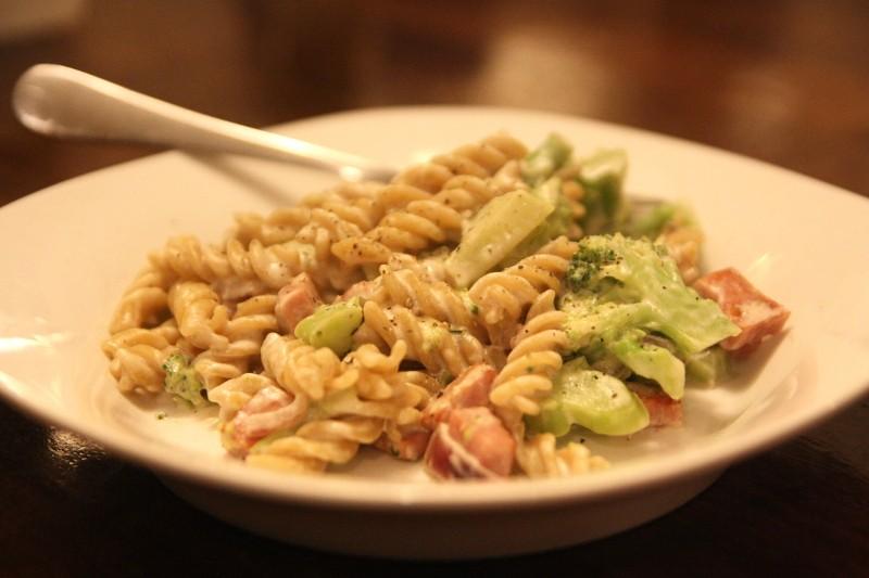 pasta, ham, broccoli