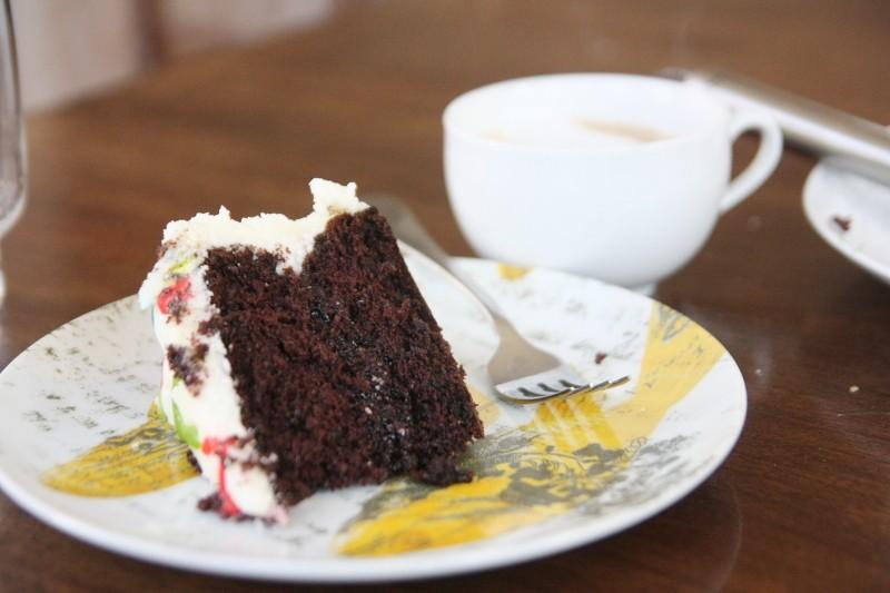 cake & cappuccino
