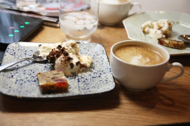 cappuccino & dessert