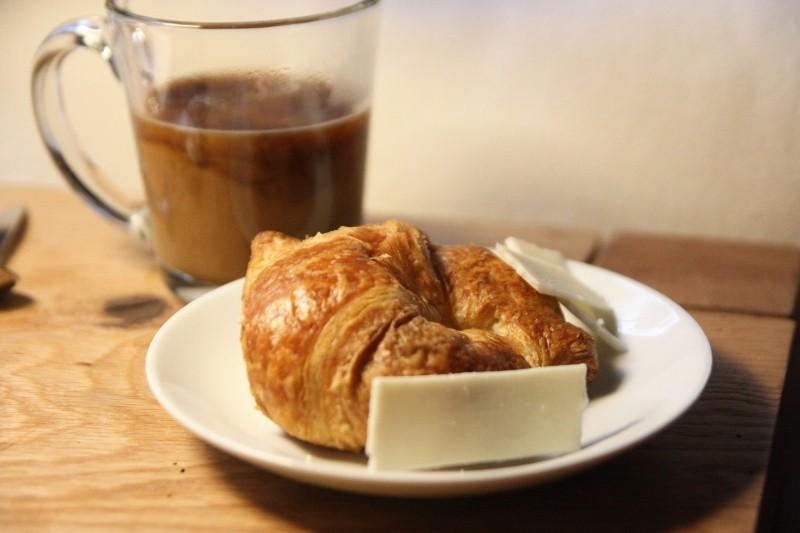 coffee & crossiant